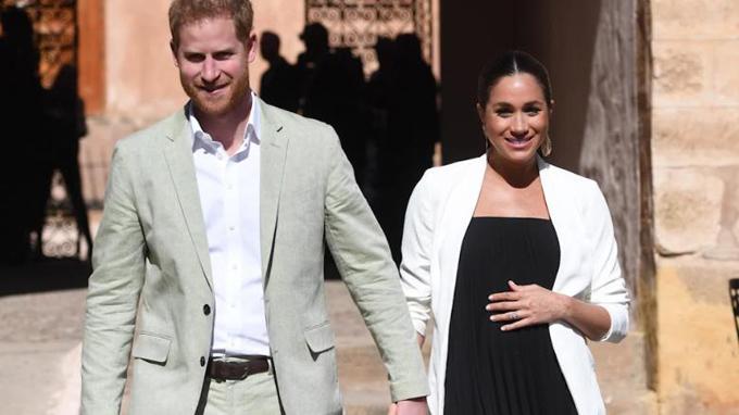 Harry và Meghan đang háo hức chờ đón con đầu lòng, sẽ chào đời trong vài ngày tới. Ảnh: CNN.