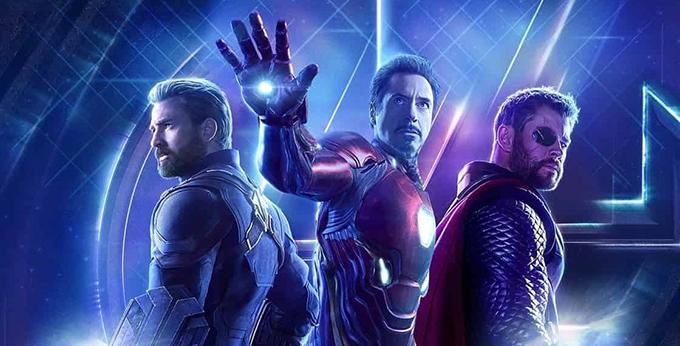 Captain America, Iron Man và Thor (từ trái sang) là ba siêu anh hùng quan trọng nhất của loạt phim Avengers.