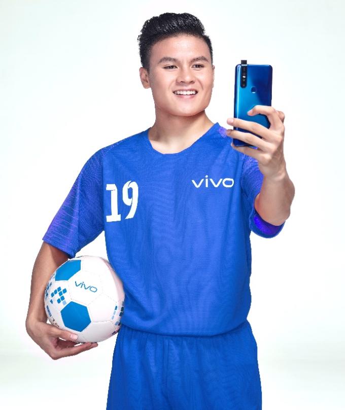 Đồng hành cùng Vivo, Quang Hải có cơ hội mang câu chuyện của mình để truyền cảm hứng đến nhiều người hơn.