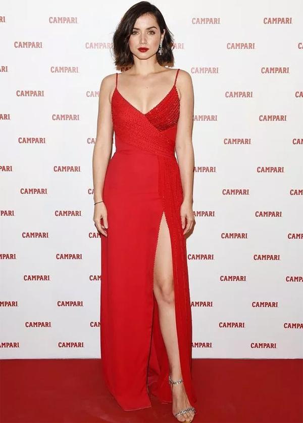 Ana từng kết hôn với người mẫu kiêm diễn viên nổi tiếng Tây Ban Nha, Marc Clotet. Cặp sao ly hôn năm 2013 sau gần 3 năm chung sống.