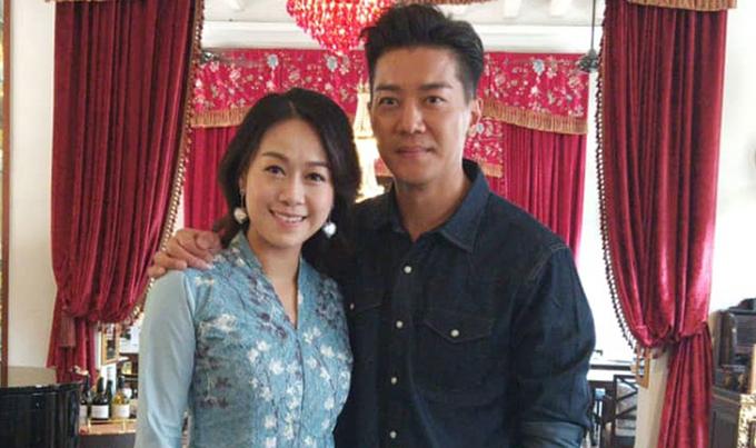 Hoàng Tâm Dĩnh và Lê Nặc Ý dẫn chung show Tâm ý như nguyện ghi hình ở Malaysia.