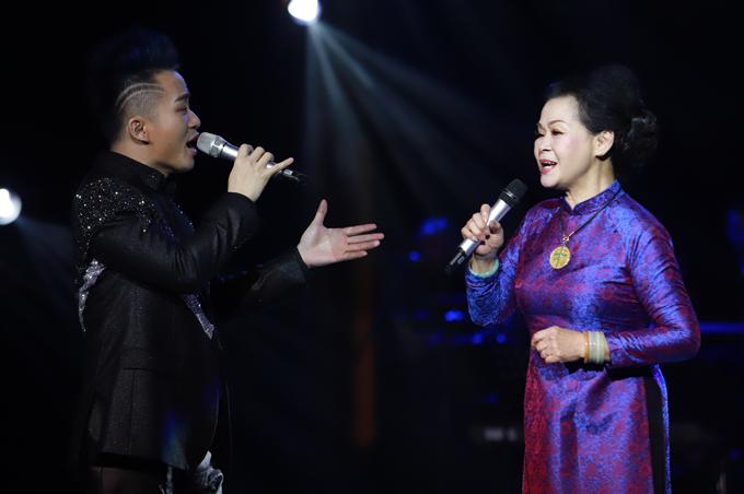 Khánh Ly: Tùng Dương đã ép mình xuống để nâng tôi lên
