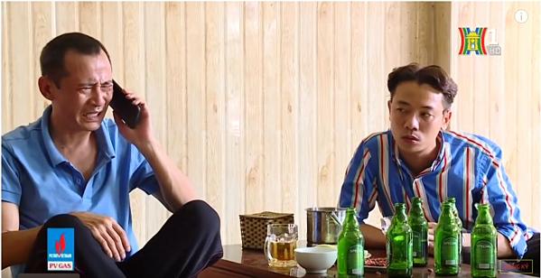 Phú Chim tình cờ nghe được tin ông Sửu có con riêng.
