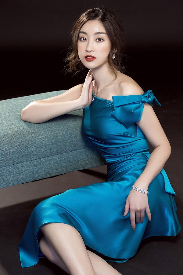 Đỗ Mỹ Linh gợi ý mặc đẹp cùng mốt váy cut-out - 3