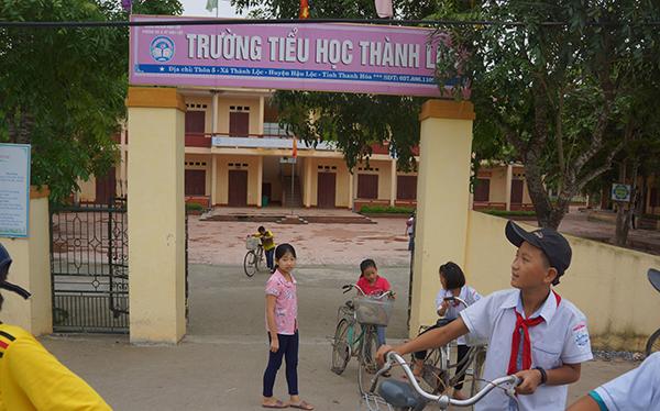 Trường Tiểu học Thành Lộc nơi xảy ra vụ việc. Ảnh: Lam Sơn.