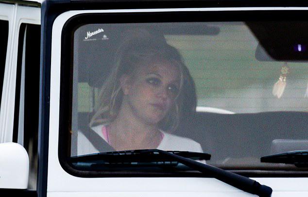 Britney trên phố hôm thứ 3.
