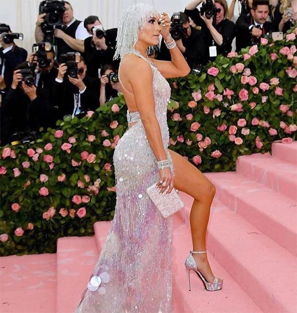 Ngôi sao nhạc pop vốn nỏi tiếng là một trong những sao nữ có vòng ba tự nhiên đẹp nhất thế giới.