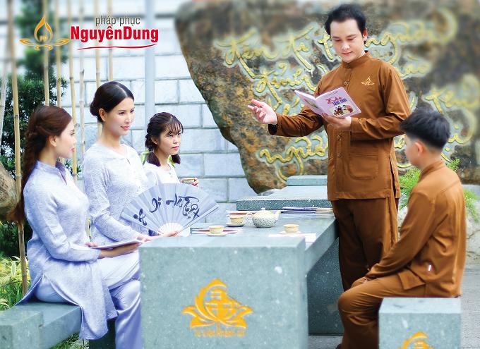 Với sự thống nhất về thiết kế pháp phục Nguyên Dung giúp các thành viên trong gia đình Phật tử có thể sở hữu những sản phẩm trang nhã cho riêng mình.