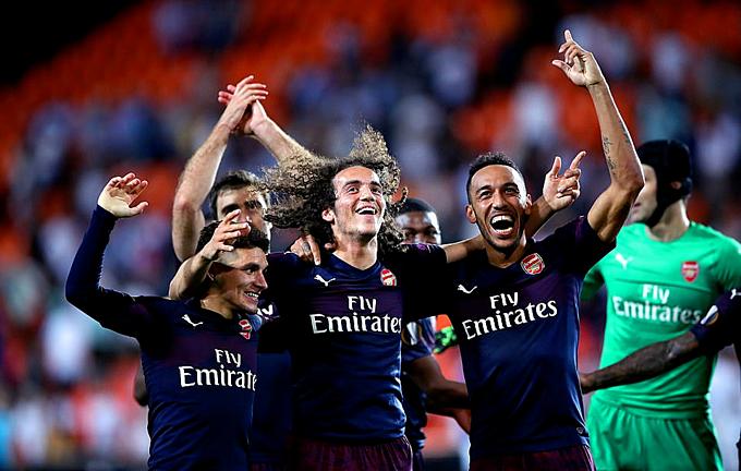 Niềm vui của cầu thủ Arsenal. Ảnh: PA.
