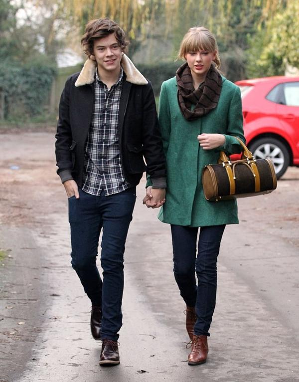 Harry Styles hẹn hò Taylor Swift cuối năm 2012.