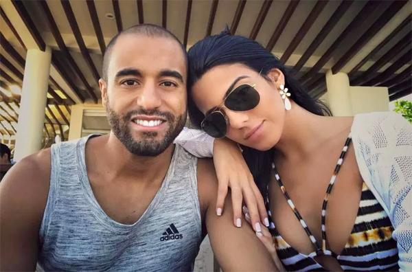 Lucas Moura và vợ làm bạn nhiều năm trước khi quyết định kết hon