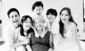 Con trai MC Phan Anh 'phạt' bố vì cãi bà nội
