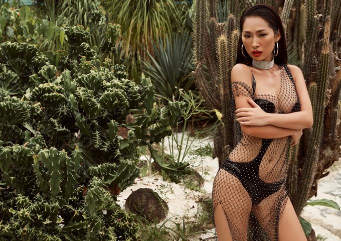 Bom sex Quỳnh Thy khoe body bốc lửa khi diện áo tắm