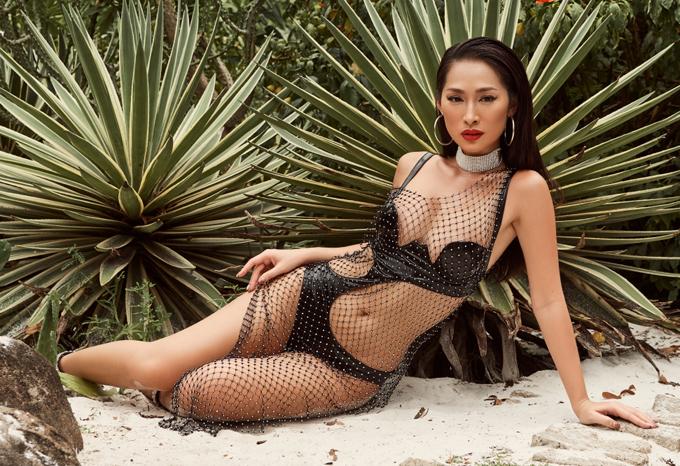 Bom sex Quỳnh Thy khoe body bốc lửa khi diện áo tắm - 1