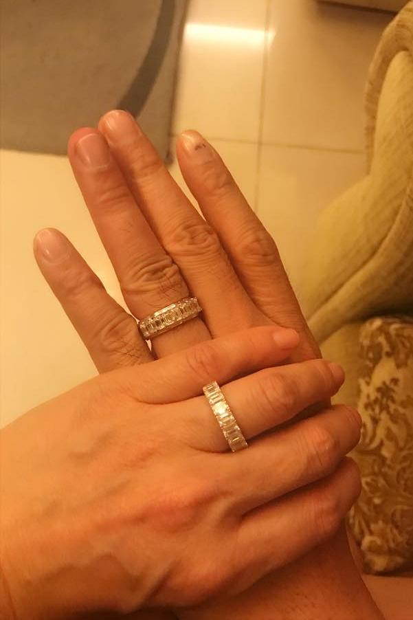 Cuối tháng 12/2018, Quách Ngọc Ngoan và Phượng Chanel chia sẻ hình ảnh đeo nhẫn đôi. Đến đầu tháng 2/2019, cặp đôi xác nhận Đã đính hôn trên trang cá nhân. Dù vậy, Quách Ngọc Ngoan từ chối bình luận chính xác mối quan hệ hiện tại về mặt pháp lý của họ.