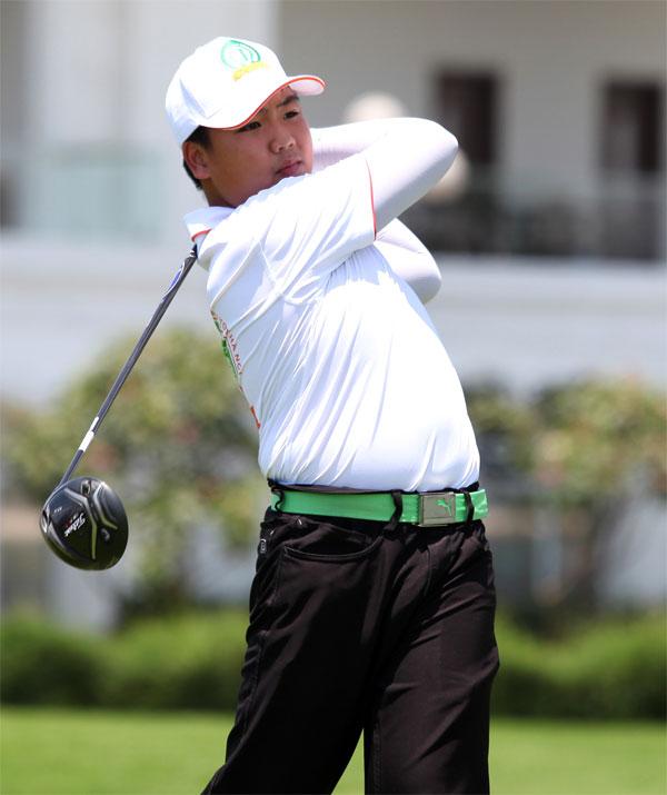 Tay golf trẻ Nguyễn Đặng Minh.
