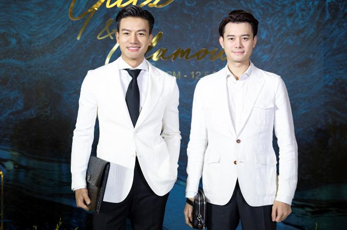 Diễn viên Hiếu Nguyễn (trái) lịch lãm bên đồng nghiệp Anh Dũng.
