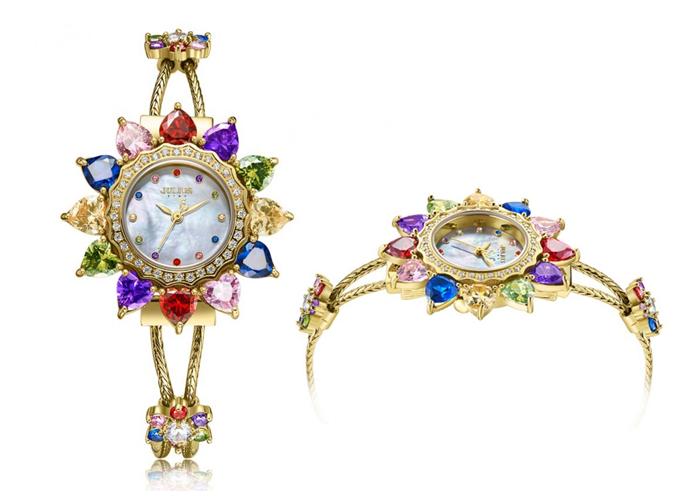 Những mẫu đồng hồ thiết kế caro, đính đá xanh biển phù hợp mùa hè - 2