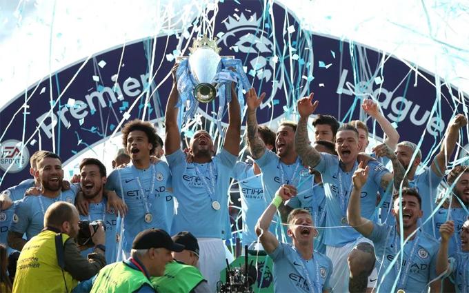Man City giành chức vô địch lần thứ 4 trong 7 mùa giải gần nhất. Năm nay, đội bóng giành98 điểm sau 32 trận thắng, hòa hai, thua 4 trận, ghi 95 bàn và thủng lưới 23 bàn.