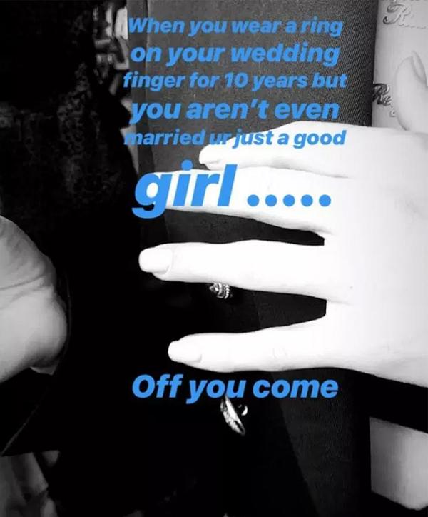 Annie Kilner gửi thông điệp cắt đứt tình cảm với Kyle Walker bằng video tháo nhẫn đính hôn sau 10 năm gắn bó. Ảnh: Sun.