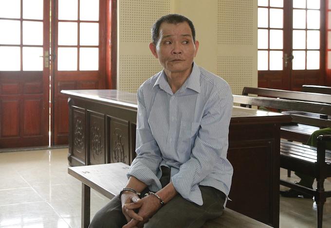 Bị cáo Vy Đình Hoa tại tòa. Ảnh: Anh Thư.