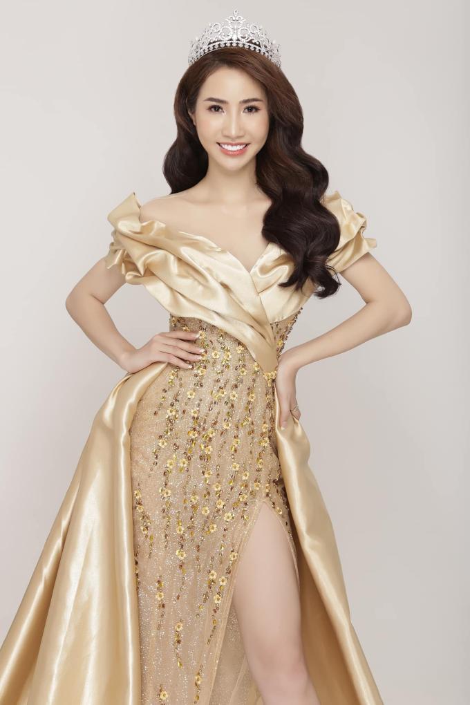 Á hậu Ngọc Vân khoe nhan sắc rạng rỡ cùng vương miện 1 tỷ đồng sau đăng quang - 3