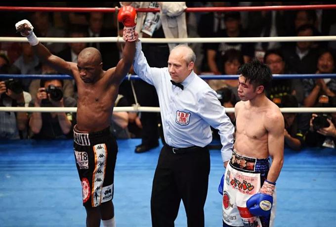 Mthalane giành chiến thắng cuối cùng. Ảnh: AFP.
