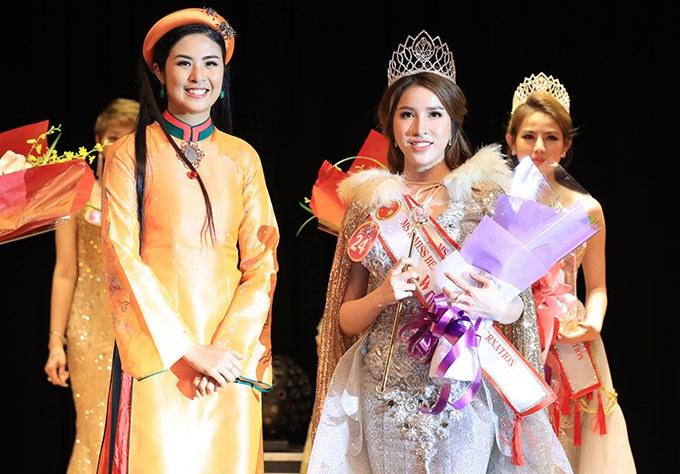 Trước khi đến với cuộc thi hoa hậu quốc tế, Lê Thu Thảo từng được biết đến với vai trò người mẫu. Tân hoa hậu sở hữu diện mạo xinh đẹp, gương mặt lai tây, nụ cười tỏa nắng và chỉ số hình thể đáng mơ ước.