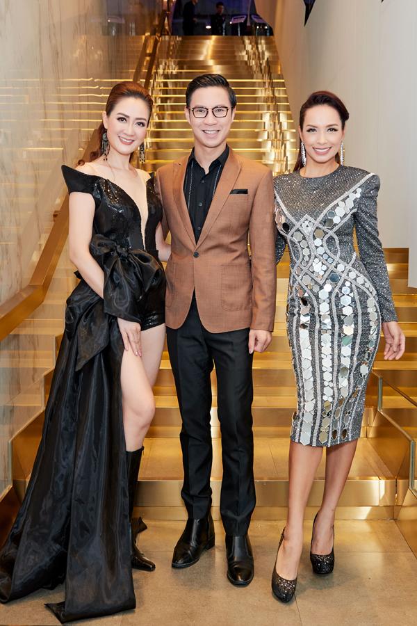 Hoa hậu Đàm Lưu Ly mặc hở táo bạo ở tuổi 46 - 2