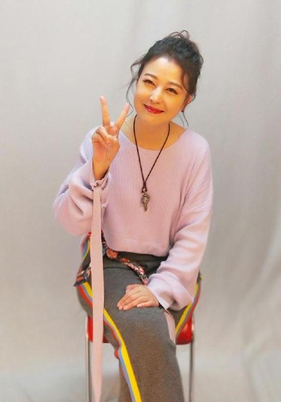 Châu Hải My trẻ trung ở tuổi gần 53.