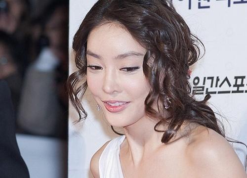 Diễn viên Jang Ja Yun.