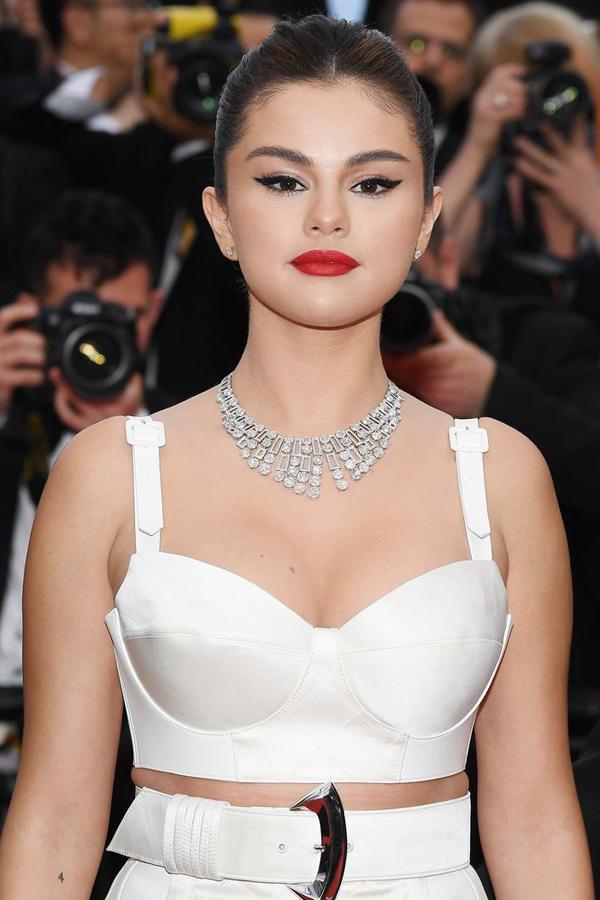 Selena Gomez thu hút sự chú ý