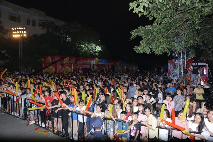 Á hậu Huyền My tham gia Lễ hội ẩm thực - âm nhạc tại Hà Nội - 10
