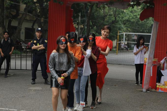 Á hậu Huyền My tham gia Lễ hội ẩm thực - âm nhạc tại Hà Nội - 2