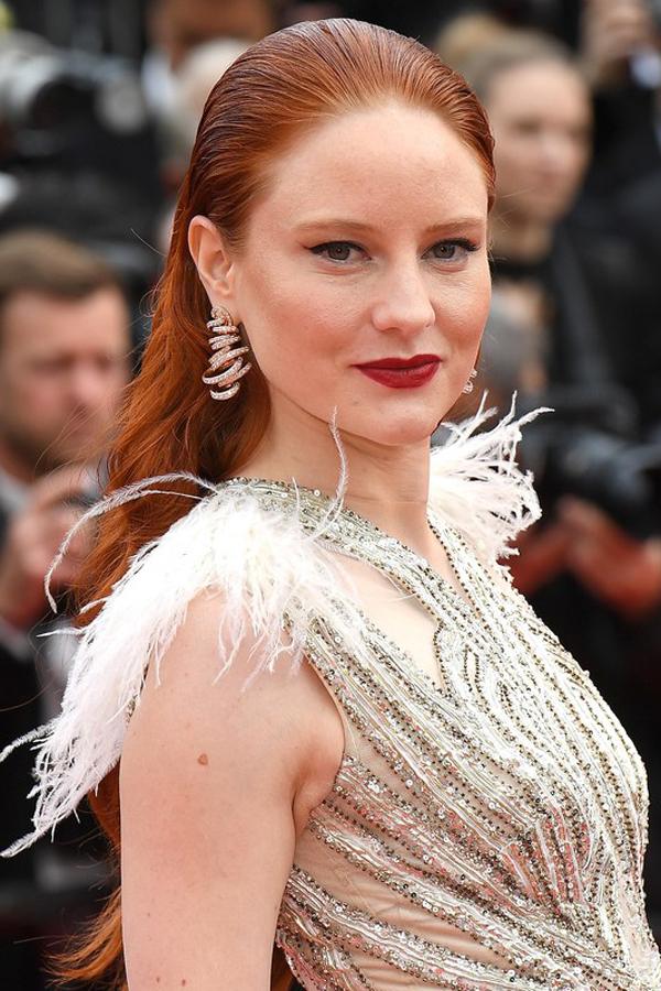 Mỹ nhân Á - Âu cùng chọn sắc son đậm trên thảm đỏ Cannes 2019 - 7