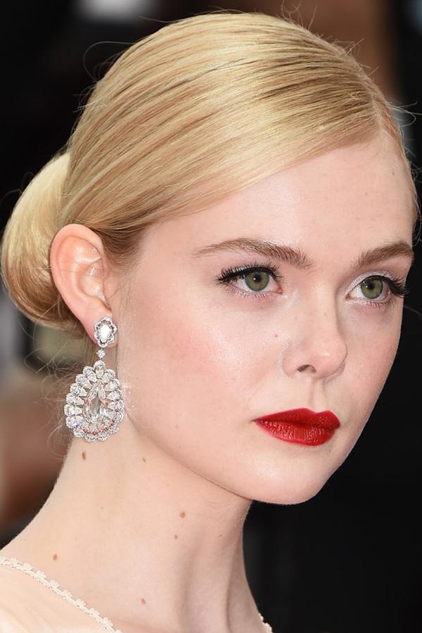 Mỹ nhân Á - Âu cùng chọn sắc son đậm trên thảm đỏ Cannes 2019 - 8