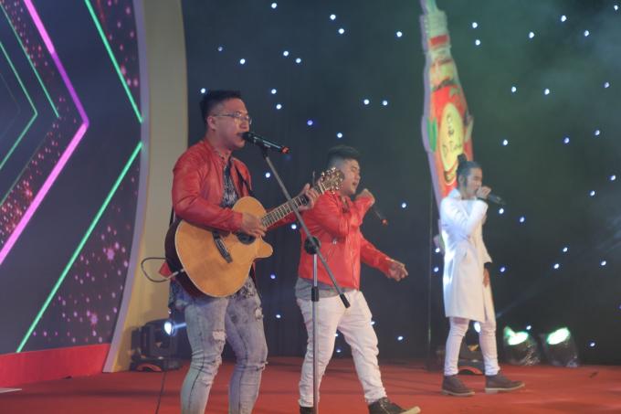 Á hậu Huyền My tham gia Lễ hội ẩm thực - âm nhạc tại Hà Nội - 9
