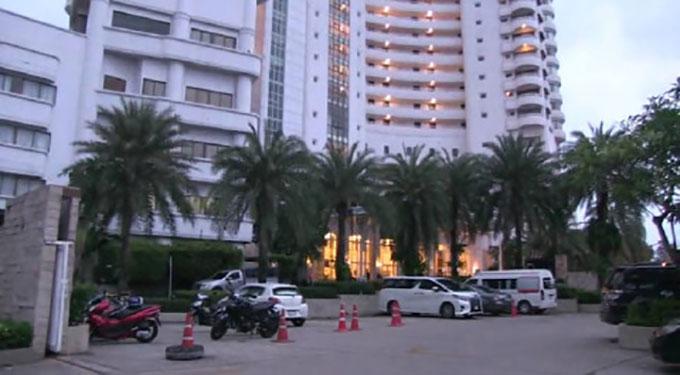 Khách sạn ở Pattaya nơi xảy ra vụ bé gái 5 tuổi ngã từ tầng 11. Ảnh: ViralPress.