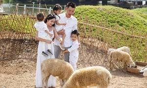 Ốc Thanh Vân cho ba con khám phá mùa hè Hàn Quốc