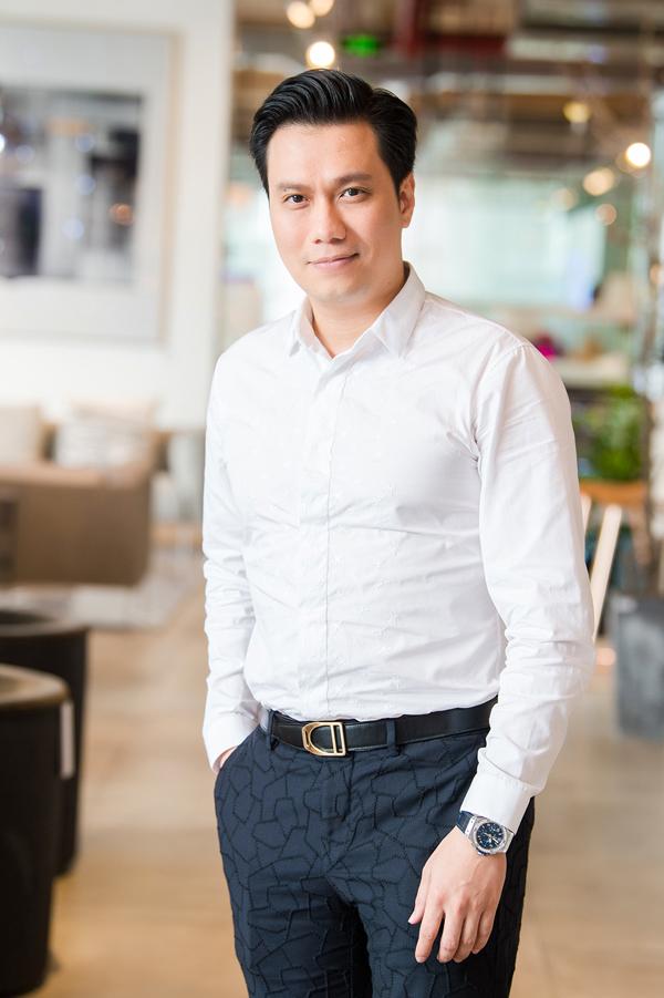 Diễn viên Việt Anh bảnh bao.