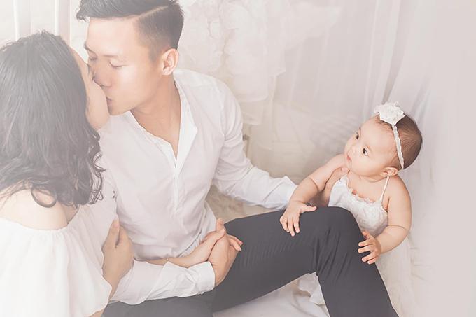 Ngọc Hải vàThuỳ Phương làm đám cưới vào ngày 20/1/2018 sau gần ba năm hẹn hò.