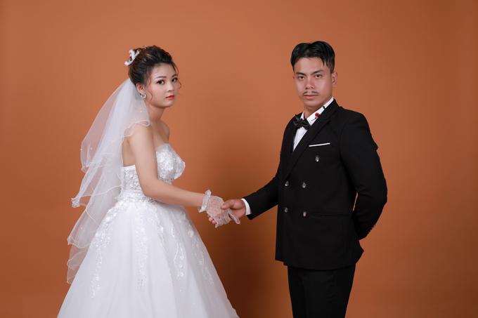 Cô dâu Thanh Hậu nhìn nhận chồng tương lai là người ga lăng, có vẻ ngoài đẹp trai.