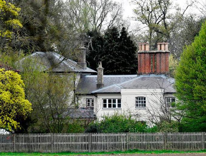 Dinh thự Frogmore Cottage ở Windsor của vợ chồng Harry - Meghan. Ảnh: Daily Mirror.