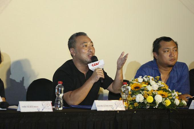 Đạo diễn Nguyễn Quang Dũng nằm trong hội đồng thẩm định.
