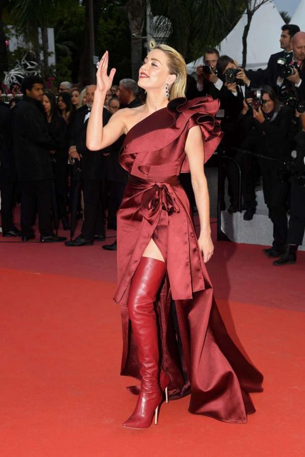 Amber mỗi ngày một phong cách từ buổi đầu đến Cannes, khi kiêu sa khi quyến rũ.