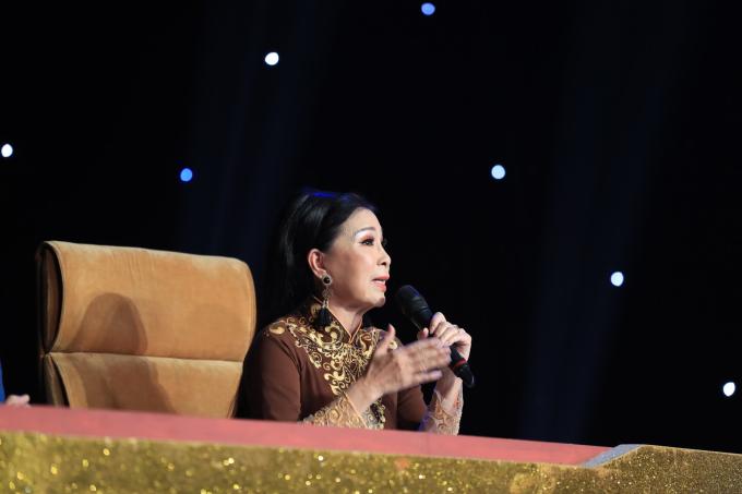 Hòa Minzy bật khóc vì học trò bị chê hát không rõ lời, chọn sai bài - 4