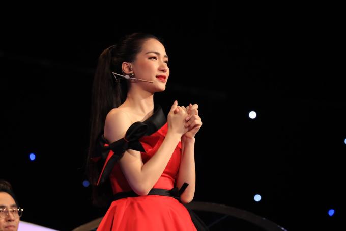 Hòa Minzy bật khóc vì học trò bị chê hát không rõ lời, chọn sai bài - 5