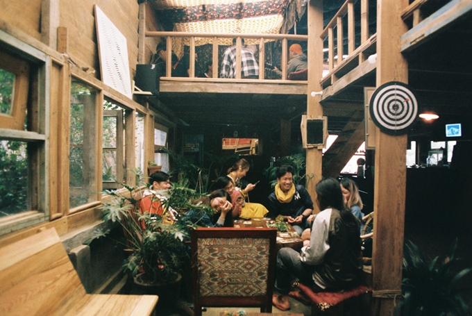 Quán cà phê trốn cả thế giới giữa thung lũng ở Đà Lạt - 1