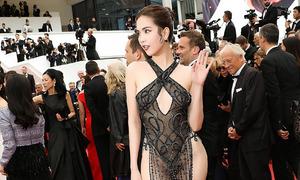 Ngọc Trinh mặc váy mỏng đi thảm đỏ LHP Cannes
