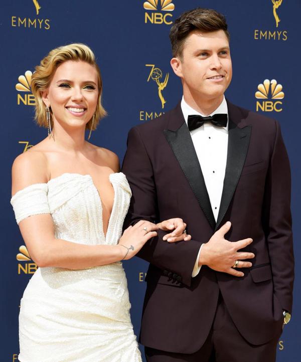 Scarlett Johansson và bạn trai, Colin Jost.